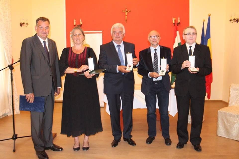 Dr. Rezi Elek magyar állami kitüntetést kapott