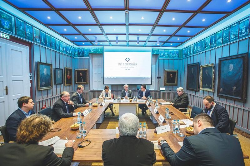 Találkozó az ENSZ kisebbségügyi különmegbízottjával
