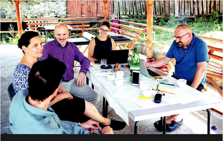Molnár Melinda: Örömüzenet, írott szóval