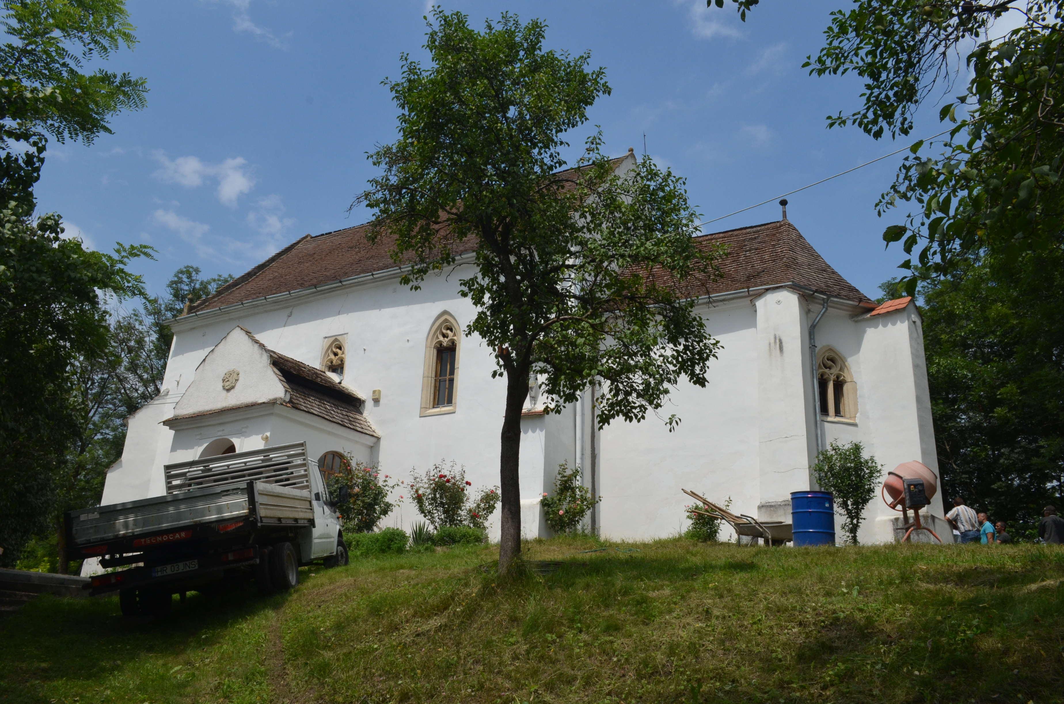 A magyarszováti műemlék templom felújításáról